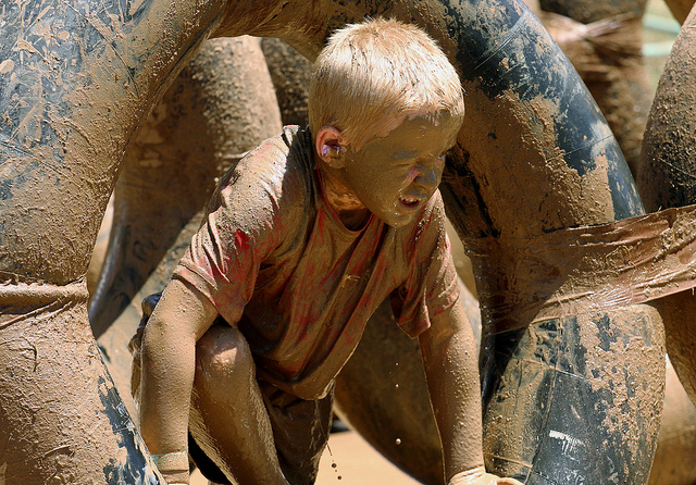 Why your kids need to play in the mud this summer